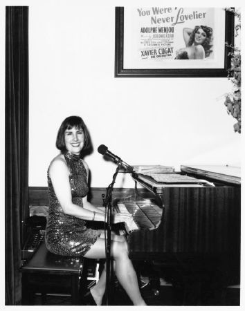 Nancy Guilliland at the Piano, Cafe Fino